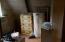 34 NW Idaho St, Yachats, OR 97498 - Bathroom