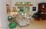 286 NE Evergreen Ln, Yachats, OR 97498 - Reading Area & Slider to deck