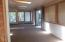 3700 N Hwy 101, Space #23, Depoe Bay, OR 97341 - Sunroom