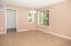 1345 SW Meadow Ln, Depoe Bay, OR 97341 - Dining Area - View 2 (1280x850)