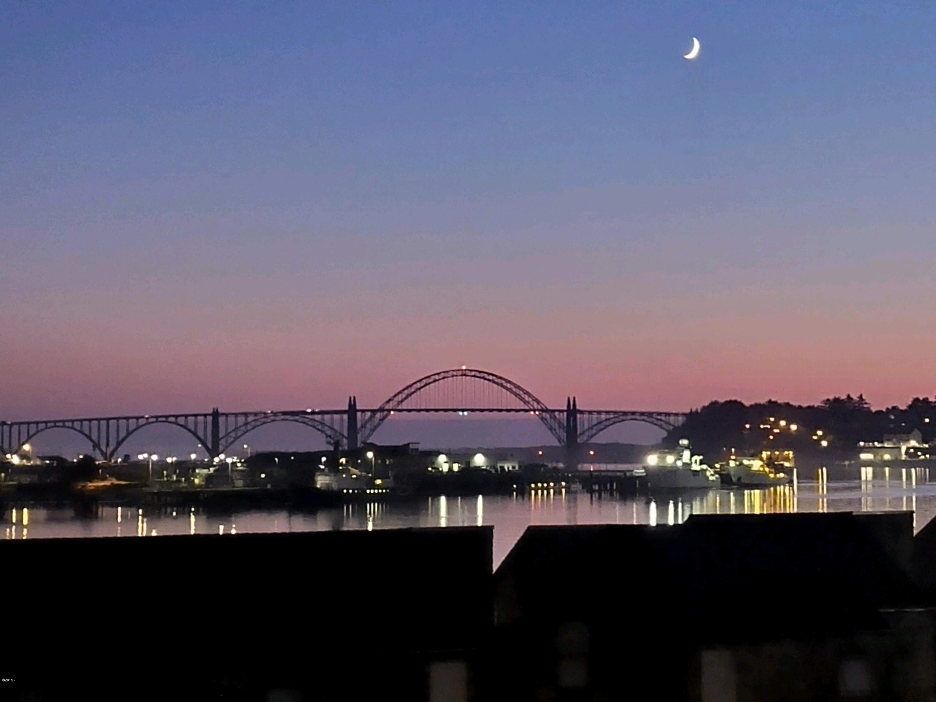 1000 SE Bay Blvd, 454/455, Newport, OR 97365 - Sunset view from Condo