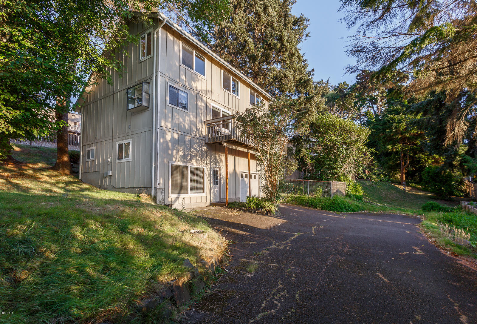 2941 NW Port Ave, Lincoln City, OR 97367 - Exterior - Back