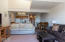 1000 SE Bay Blvd, 454/455, Newport, OR 97365 - Living Room