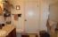 4624 Logsden Rd, Siletz, OR 97380 - 4624 Bath 1