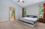 2191 NE 64th Dr, Lincoln City, OR 97367 - master suite