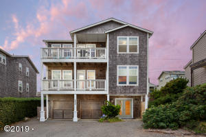 5768 NW Jetty Ave, Lincoln City, OR 97367 - main