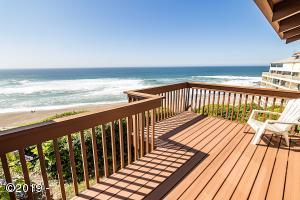4111 SW Hwy 101, 8, Lincoln City, OR 97367 - Deck & Views