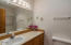 4111 SW Hwy 101, 8, Lincoln City, OR 97367 - Guest Bathroom
