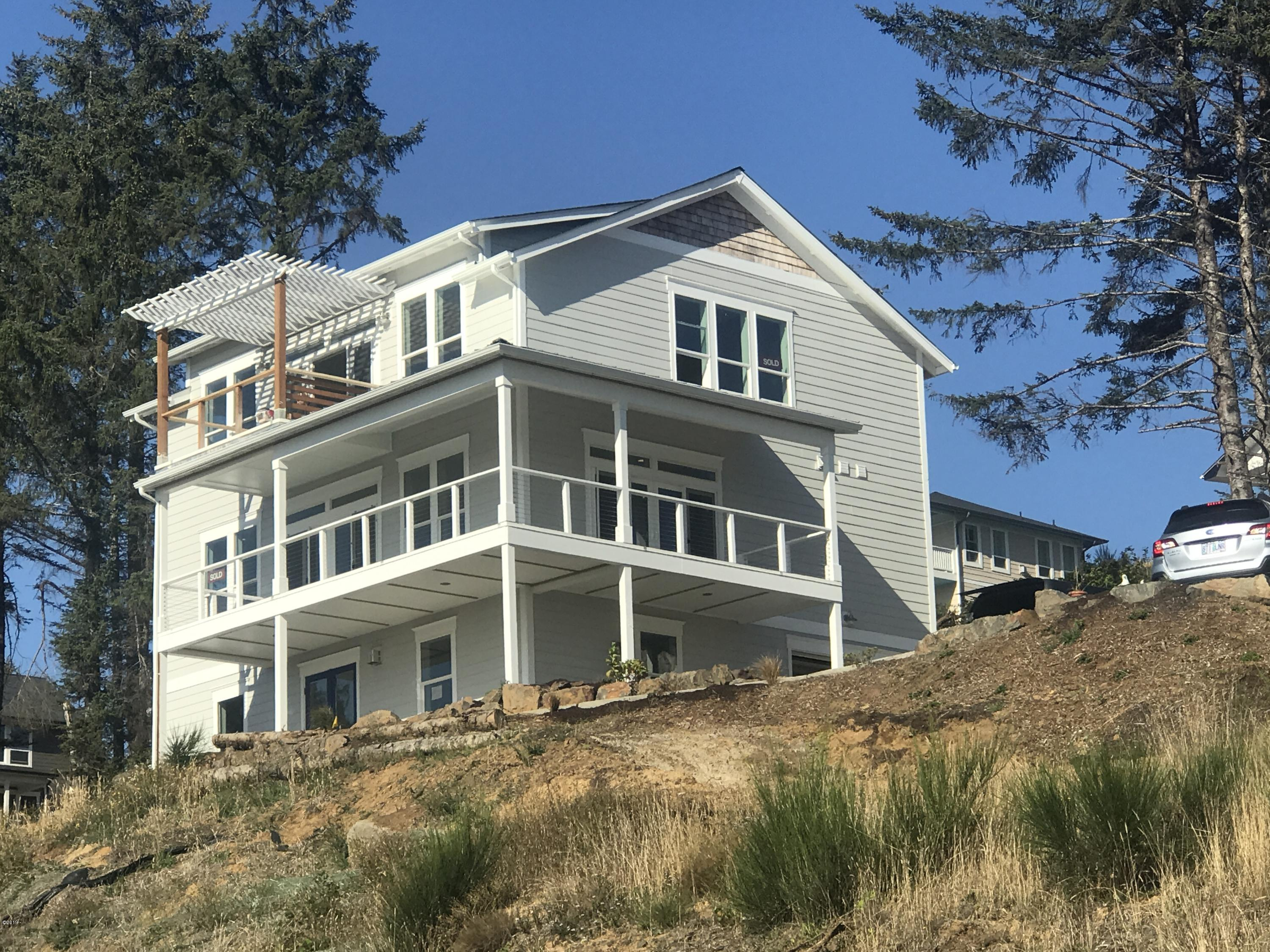 2450 SW Coast Ave, Lincoln City, OR 97367 - Nearing Completion