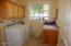 11 Big Tree Rd, Gleneden Beach, OR 97388 - Laundry