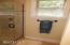 11 Big Tree Rd, Gleneden Beach, OR 97388 - Master Bath