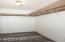 1722 NW Carter Ct, Waldport, OR 97394 - Master Closet (850x1280)