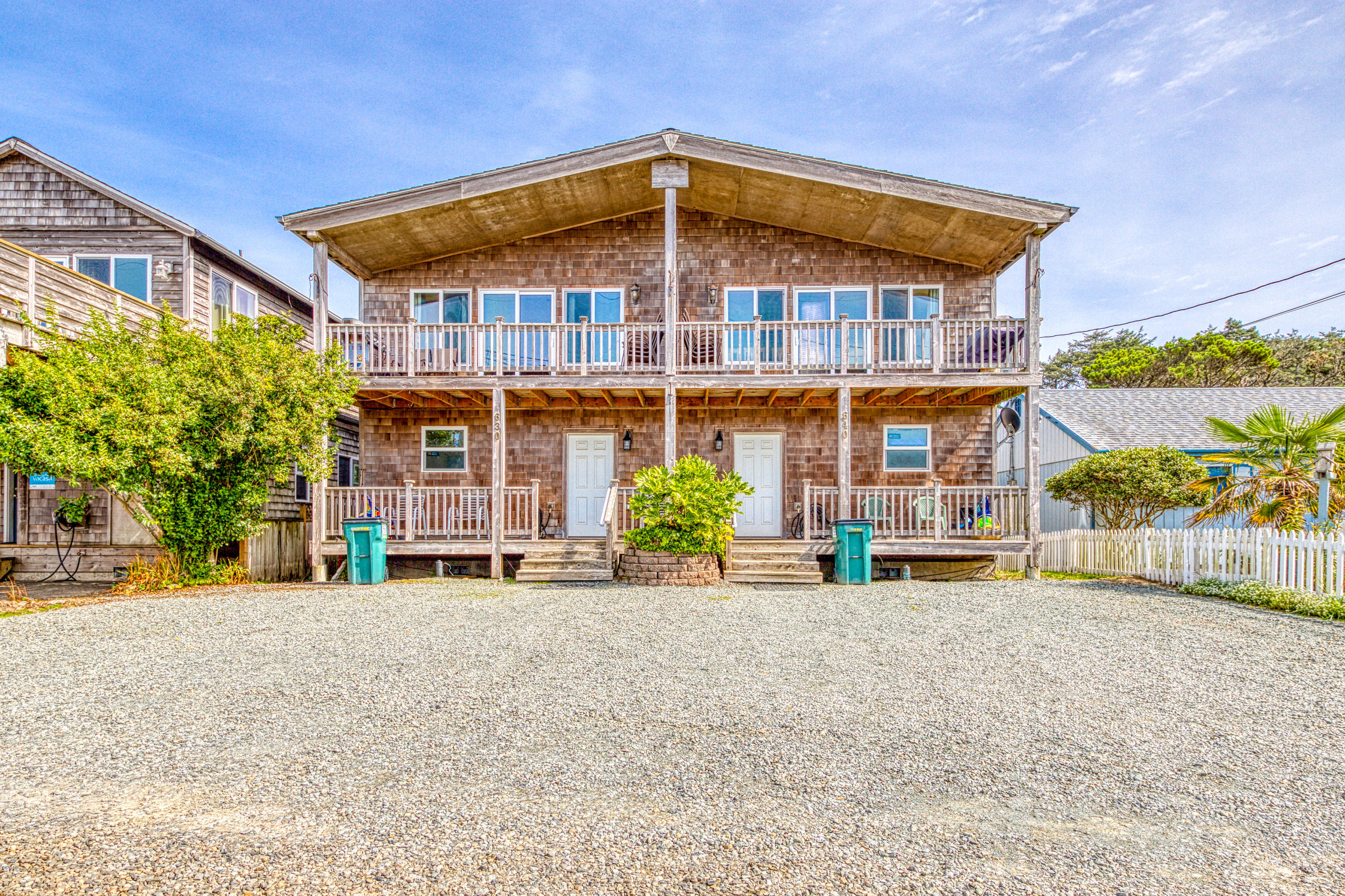640 S Pacific St, Rockaway Beach, OR 97136 - Exterior