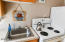 4229 SW Beach Ave, 41, Lincoln City, OR 97367 - Kitchen