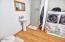 2240 S Crestline Dr., Waldport, OR 97394 - Studio Bath