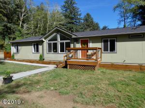 405 SE John Nye Rd, Newport, OR 97365 - Front of Home