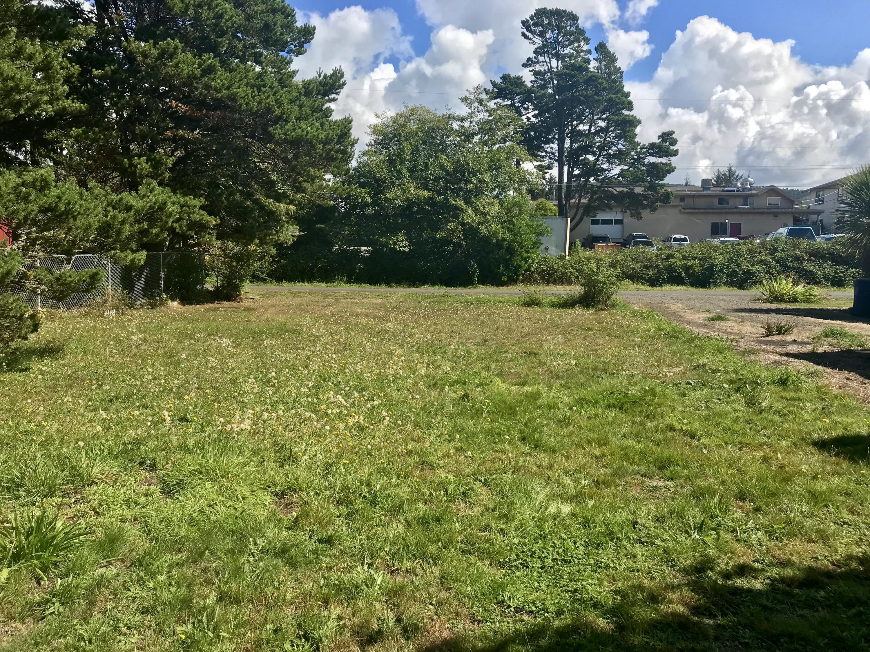 LOT 2 Rhododendron Ave, Gleneden Beach, OR 97388 - View from back of lot to Rhododendron