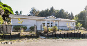1508 SW Fleet Ave, Lincoln City, OR 97367 - Front of House