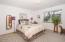619 SW Fleet Ave, Lincoln City, OR 97367 - Main level bedroom