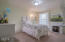 1120 NW Spring St, F, Newport, OR 97965 - Bedroom 2