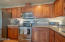 1120 NW Spring St, F, Newport, OR 97965 - Kitchen