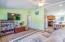 98 N Yodel Ln, Otis, OR 97368 - Living room