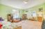 98 N Yodel Ln, Otis, OR 97368 - Family room