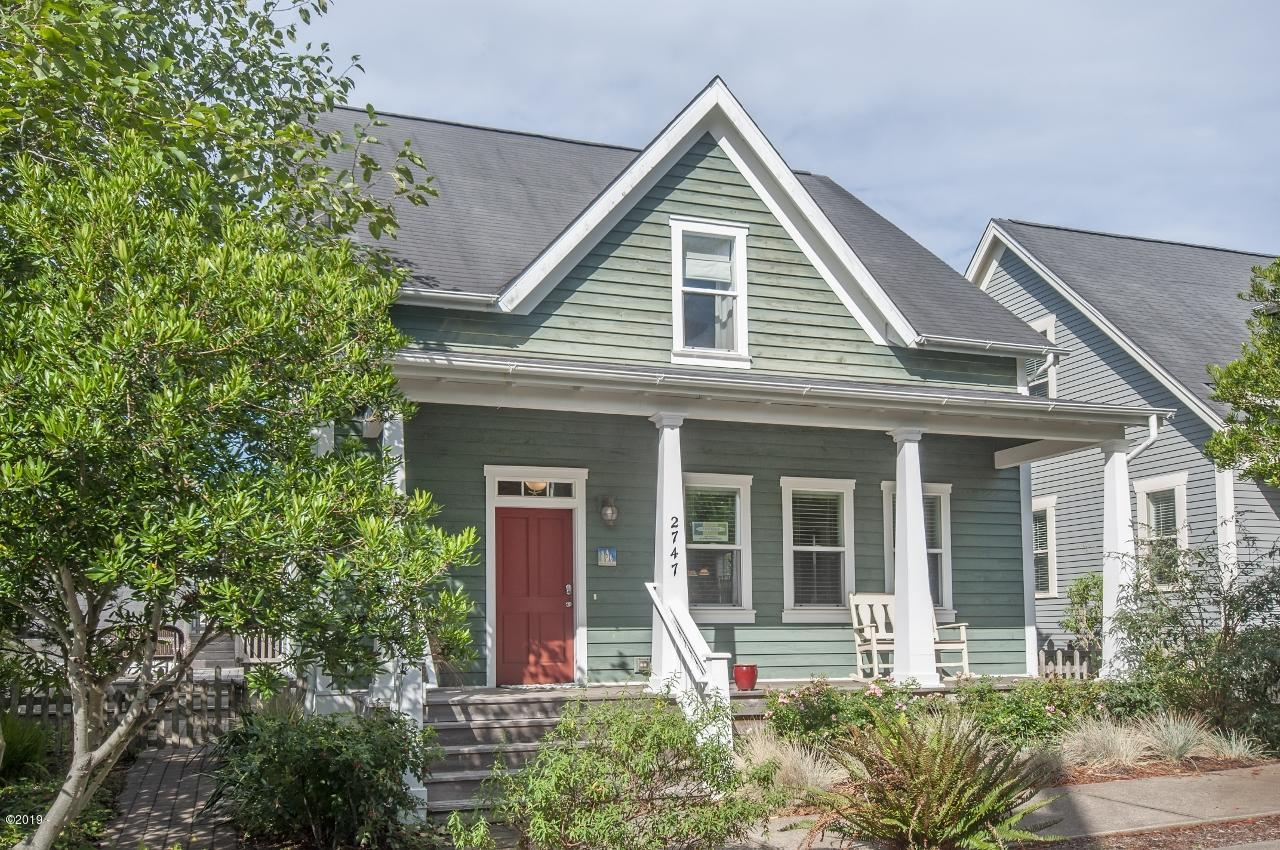 2747 SW Beach Ave, Lincoln City, OR 97367