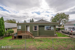 741 7th St SE, Toledo, OR 97391 - 741-7thSt (1)