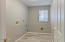 1701 NW Parker Ave, Waldport, OR 97394 - Laundry room