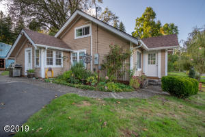 2075 NE Mossy Loop, Toledo, OR 97391 - Front view of Home