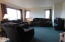 606 NW Inn Way, Waldport, OR 97394 - Living Room