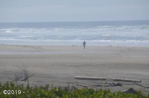 6450 SW Arbor Dr, South Beach, OR 97366 - A beach for walking...