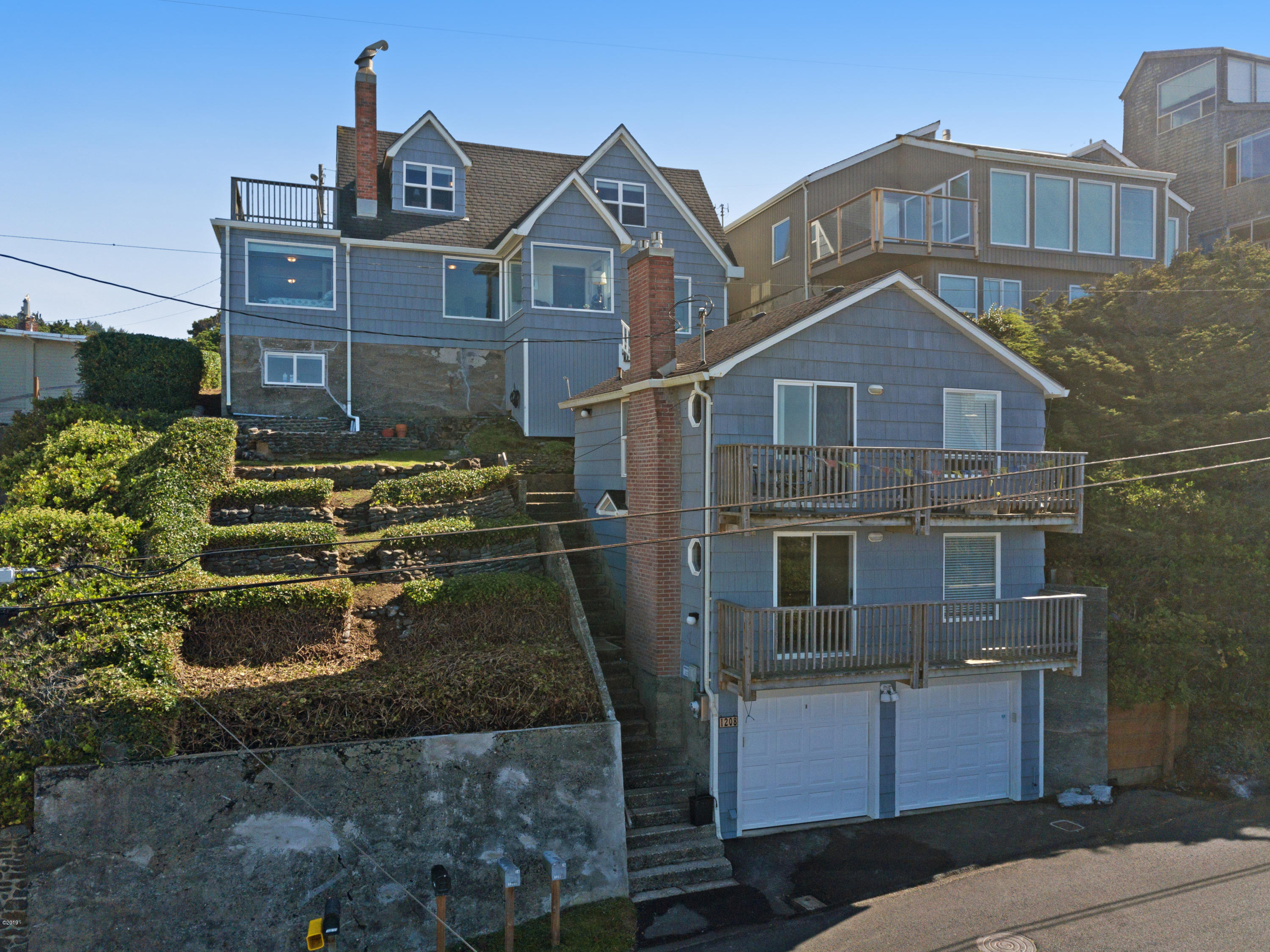 1203 SW Dune Ave, Lincoln City, OR 97367 - Today's Exterior