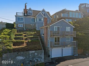 1203 SW Dune Ave, Lincoln City, OR 97367