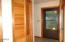 535 NW Spencer Ave, Depoe Bay, OR 97341 - Entry & Hallway