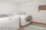 355 Salishan, Gleneden Beach, OR 97388 - Laundry Room
