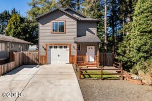 535 SE Port Ave., Lincoln City, OR 97367 - Curbside