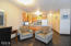 701 NW Coast St, 211, Newport, OR 97365 - Living Area
