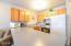 701 NW Coast St, 211, Newport, OR 97365 - Kitchen