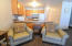 701 NW Coast St, 309, Newport, OR 97365 - Living Area