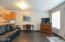 701 NW Coast St, 210, Newport, OR 97365 - Living Area