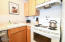 701 NW Coast St, 111, Newport, OR 97365 - Kitchen