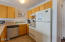 701 NW Coast St, 209, Newport, OR 97365 - Kitchen