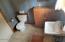 470 SW Coast Ave, Depoe Bay, OR 97341 - bath room