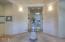 5910 SW Arbor Dr, Newport, OR 97366 - Foyer