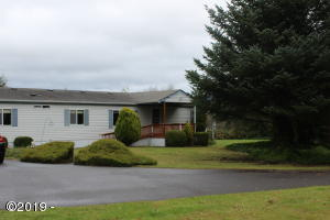 2294 SE Merten Dr, Waldport, OR 97394 - front of house