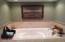 3278 SW Beach Ave., Lincoln City, OR 97367 - Master Bath Tub