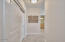 1723 NW Harbor Ave, #20, Lincoln City, OR 97367 - Front Entry Hallway