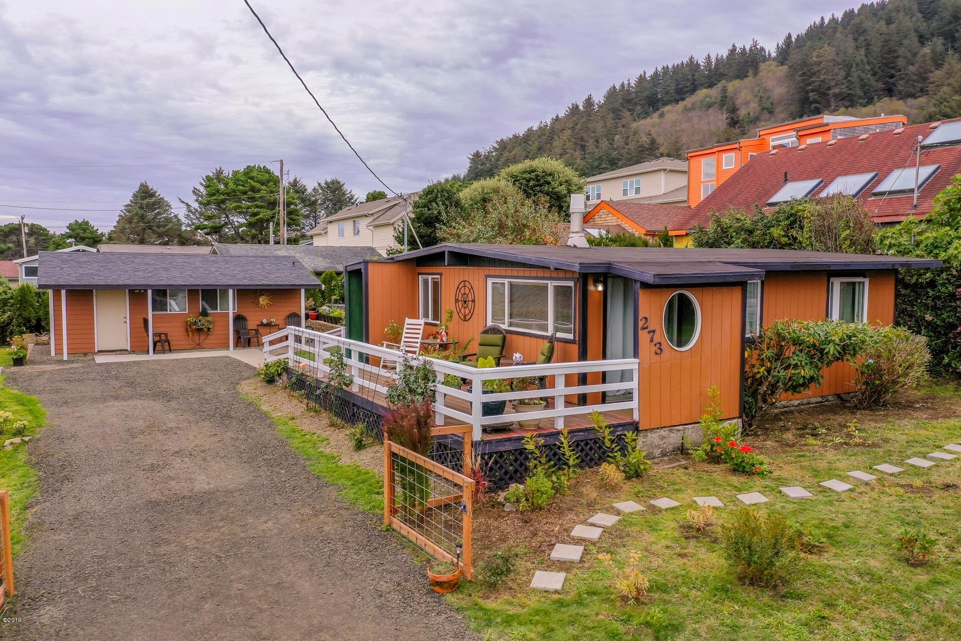 273 Aqua Vista Loop, Yachats, OR 97498